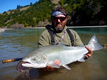 Coastal steelhead fly fishing guide